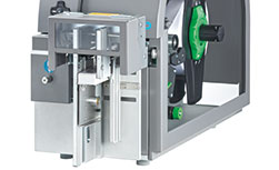 Stacker with cutter